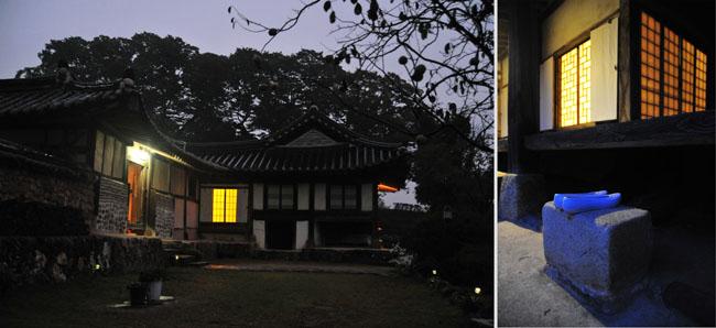 고택의 밤 좌측으로 안채로 들어가는 문과 정면으로 사랑채가 보인다. - 양길식 제공