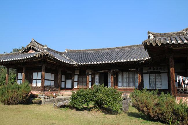 충청북도 보은에 위치한 선병국 가옥은 일제강점기에 지어진 충북의 대표적인 부농 살림집이다. - 양길식 제공