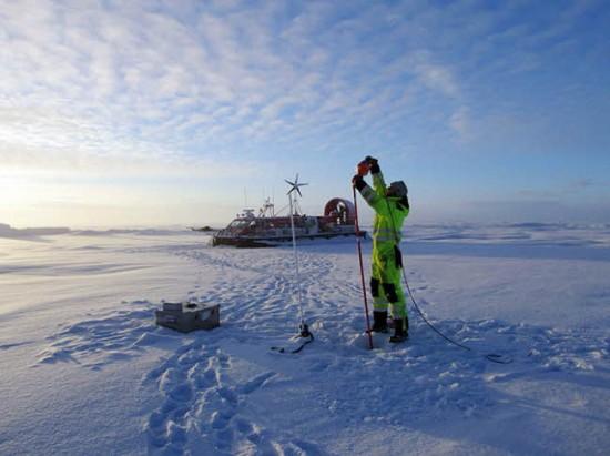 북극 탐사에 나선 과학자의 모습 - AAAS 제공
