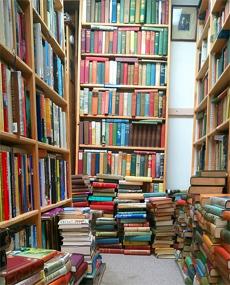 """이덕환 교수는 """"과학적인 사고방식은 독서를 통해 배울 수 있고 혼자가 아니라 함께 읽어야 더 많은 것을 얻는다""""고 말했다. - pixabay.com 제공"""