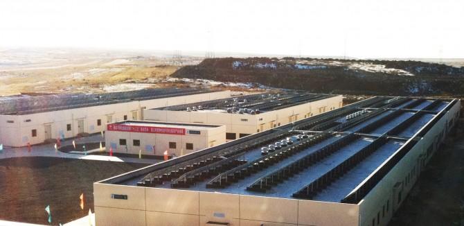 중국 허베이성 장베이에 있는 세계 최대 배터리. 축구경기장만한 건물 한 채가 전부 배터리다. - 중국국가전망공사 제공