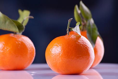 차가운 과일이 더 달콤한 이유