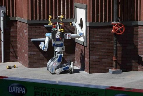 [휴보, 로봇 올림픽 우승] 44분 28초 만에 8개 임무 '퍼펙트'