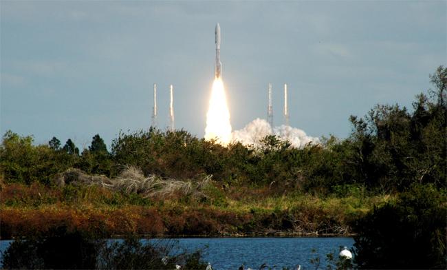 2006년 1월 명왕성을 향해 발사되는 뉴호라이즌 - NASA 제공
