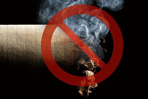 집밖에서 피운 담배 속 발암물질이 자녀의 몸속에?