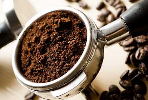 커피 찌꺼기로 전기 만든다