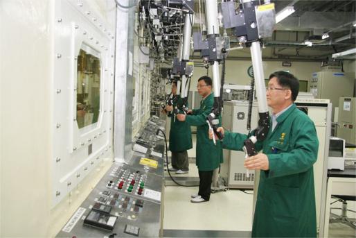ACPF의 모습. 우리나라에서는 이 시설로 파이로프로세싱 연구를 진행한다.  - 한국원자력연구원 제공