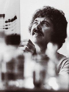 1973년 재조합DNA 기술을 개발해 생명공학(BT) 시대를 연 미국 UC샌프란시스코 허버트 보이어 교수. - PNAS 제공