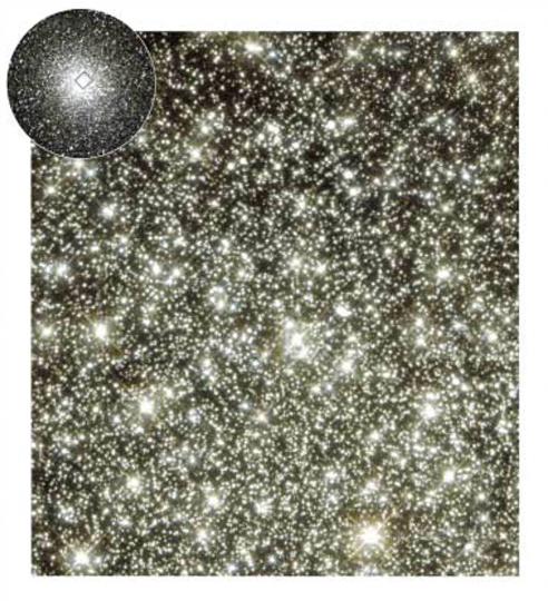 구상성단 M22(작은 사진)의 중심부를 허 블우주망원경으로 찍은 모습. 만약 지구가 구상성단 안쪽의 별 주위를 돌고 있다면, 성단의 별빛들이 만들어내는 빛 아지랑이 로 하늘에서는 은하수가 더이상 보이지 않 을 것이다. - NASA 제공