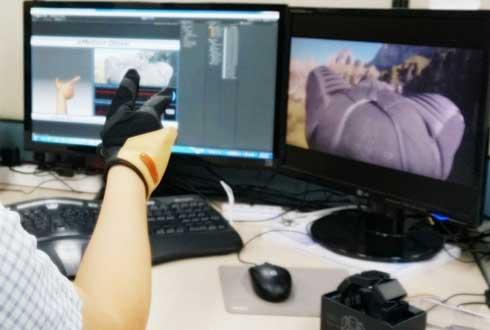 와우! 이것이 진정한 '이모션 글러브(eMotion glove)'
