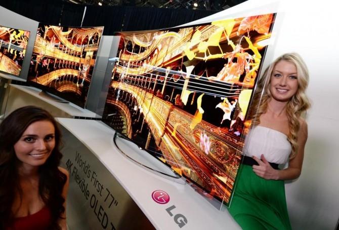 LG전자의 77인치 4K 플렉서블 OLED TV - LG전자 제공