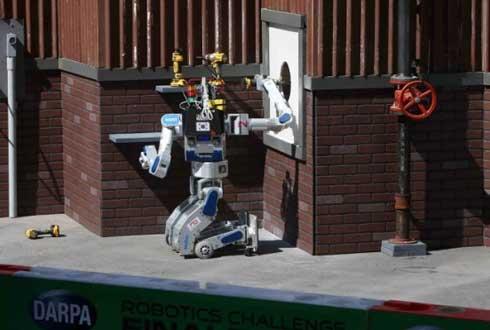 한국 로봇 '휴보', 내년 다보스포럼 간다