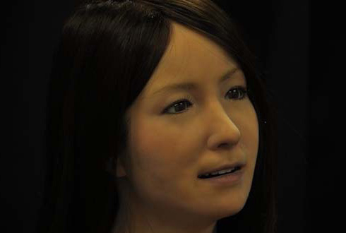 '가장 섹시한 여자 로봇' 표정이 다양해