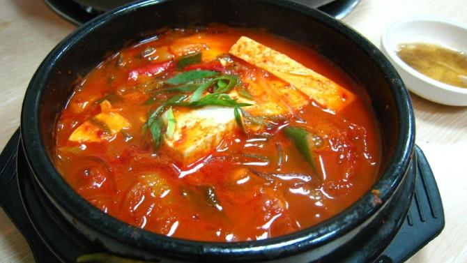 김치찌개 - wikipedia 제공