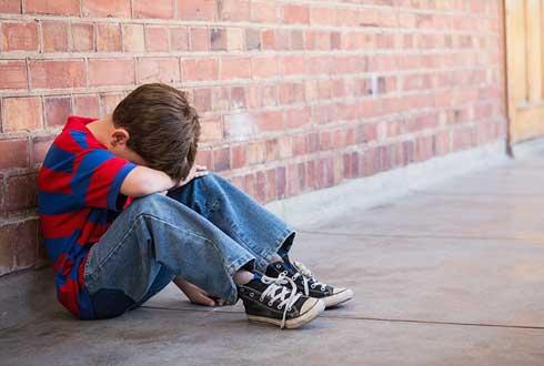 초등학교 입학 때, 우울증으로 뇌에 생긴 '흉터' 평생 간다