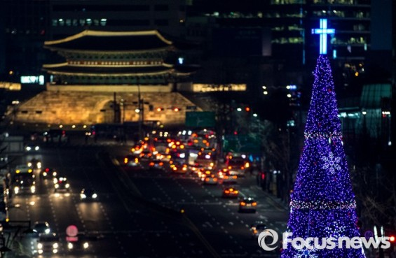 [25일 날씨] 눈 없는 '크리스마스'…전국 '바람 불고 쌀쌀'