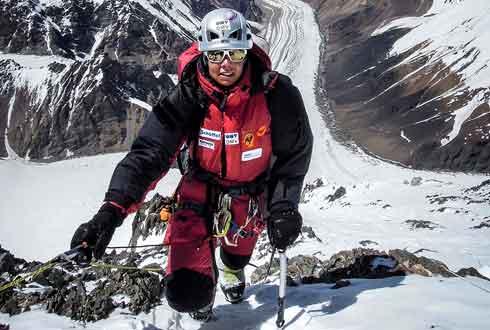 [내셔널지오그래픽사진전] 여성 세계 최초 산소마스크 없이 히말라야 등반에 성공한 '칼덴브루너'