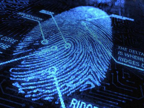 지문은 1900년대 초반부터 수사자료로 활용됐고, 현재 스마트폰 잠금장치로 널리 쓰인다. - CPOA Fingerprint 제공