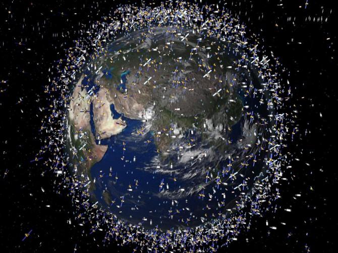 지구궤도에 크게 늘어난 우주쓰레기의 상상도. - 유럽우주기구(ESA) 제공