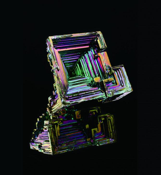 비스무트 요오드화물을 합성할 때 필요한 비스무트 결정. 비스무트 요오드화물은 양자컴퓨터를 만들 위상절연체 후보 물질이다. - Flickr 제공