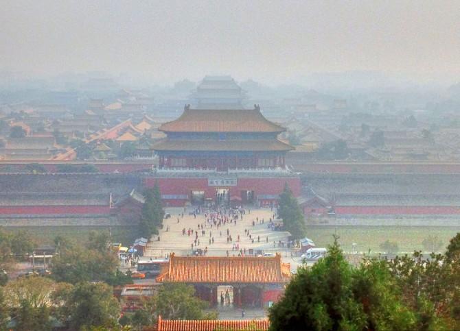2013년 9월 베이징의 모습. 대기 오염으로 성이 뿌옇게 보인다.    - 위키미디어(Yinan Chen) 제공