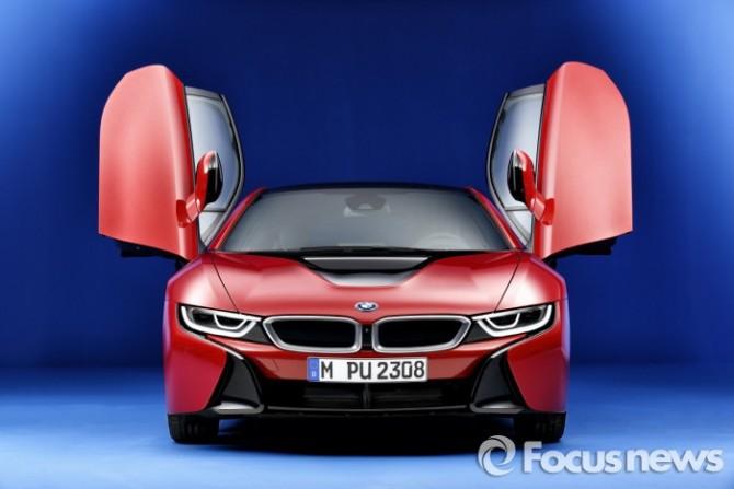 BMW i8 프로토닉 레드 에디션  - BMW코리아 제공