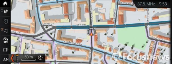 '온스트리트 파킹 인포메이션(On-Street Parking Information)' 서비스.  - BMW코리아 제공