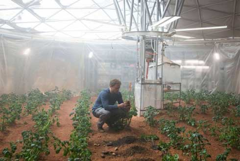 영화 '마션'처럼 화성에서 감자 키울 수 있을까