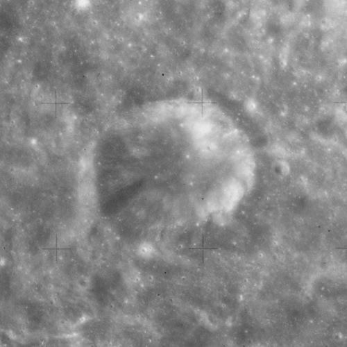 국제천문연맹은 메리 소머빌을 기념해 달의 분화구 가운데 하나를 '소머빌 크레이터'라고 명명했다. 아폴로 15호가 찍은 사진이다. - NASA 제공