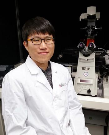 IBS 인지 및 사회성 연구단 이상규 연구위원은 지난해 광유전학 기술을 활용한 연구성과로 크게 주목 받은 바 있다. - IBS 제공