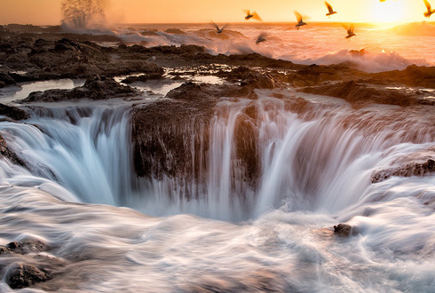 바닷물을 삼키는 '토르의 우물'