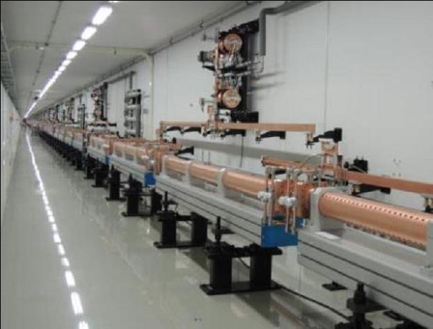 4세대 방사광가속기에서 전자를 가속하는 가속관의 모습.