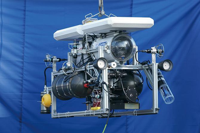 수중 촬영로봇 '싸이클롭'은 정밀한 위치 제어기능으로 수중촬영을 섬세하게 할 수 있다. - Ⓒ포항공대 극한환경로봇연구실 제공