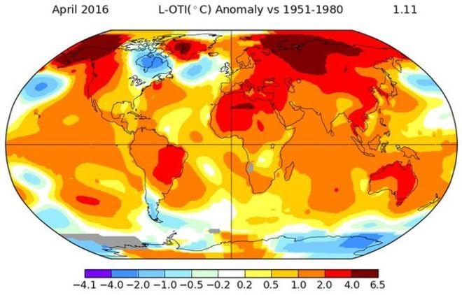 올해 4월의 지구 평균 기온을 지도에 기록한 것. 20세기 평균 4월 기온을 기준으로 붉은색 계열은 그보다 온도가 높은 지역, 파란색 계열은 그보다 온도가 낮은 지역을 나타낸다. 색이 진할수록 상승폭이 크다. - 미국 국립해양대기청(NOAA) 제공