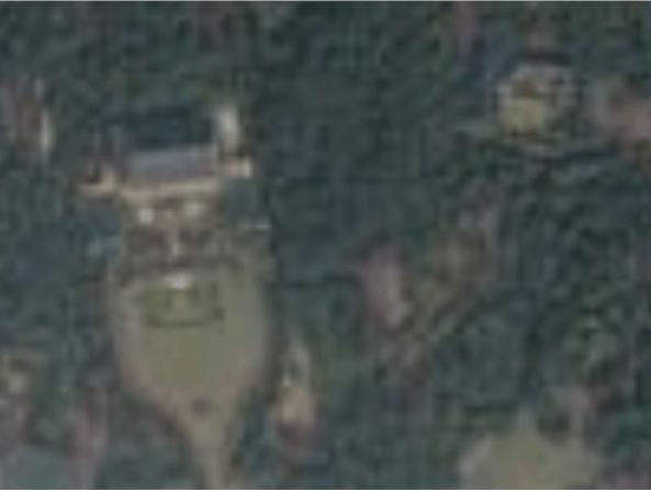 구글코리아 위성지도에서의 청와대 모습. 흐리게 처리돼 있다.