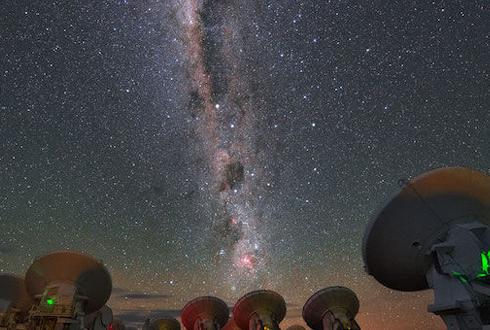칠레 고원 지대에서 본 은하수