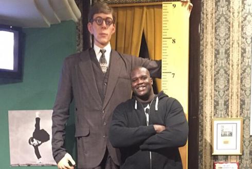 272cm 인류 역사상 가장 큰 남자