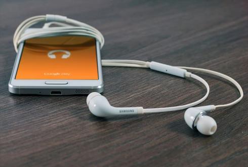 [캐치 업! 애플 (1)] 아이폰7에는 헤드폰 잭 빠진다?