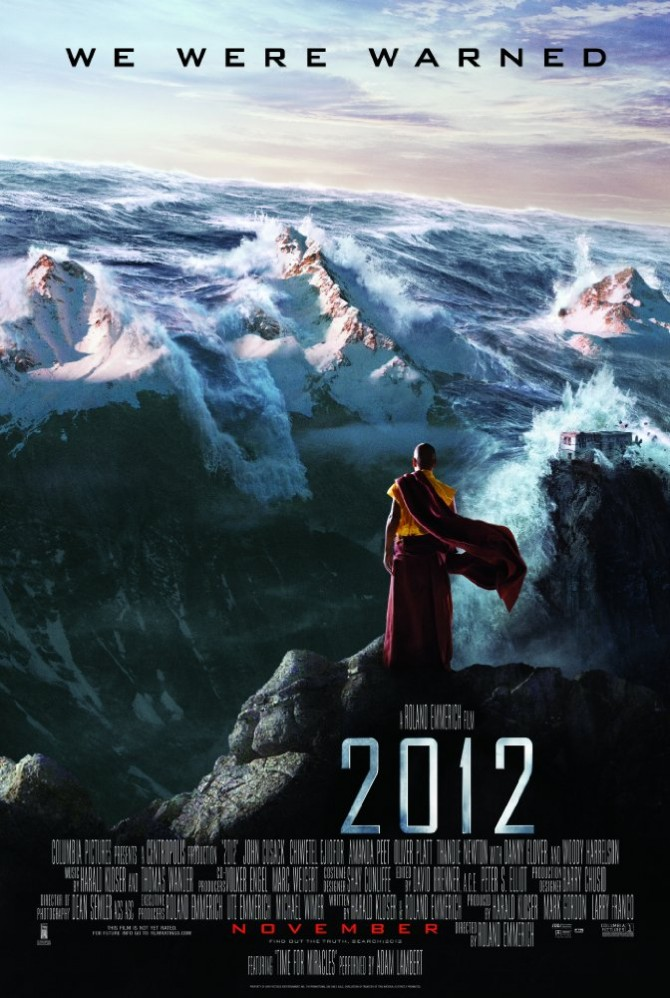 중국이 인류를 구원할 최첨단 방주를 제작하는 나라로 묘사되는 영화 2012 - 소니 픽쳐스 릴리징 브에나 비스타 영화(주) 제공