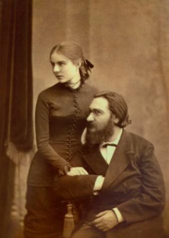 아내 올가와 함께 한 메치니코프. 1880년 경 사진으로 메치니코프는 35세, 올가는 21세 무렵이다. - 러시아과학원 아카이브 제공
