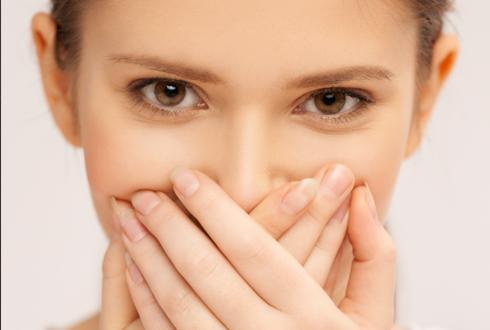 여성이 관계할 때 흥분한 연기를 하는 이유는?