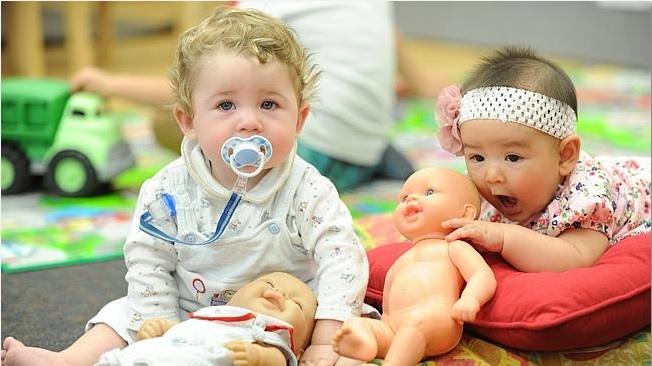 실험에 참여한 아기들의 모습 - Dr. Paola Escudero, University of Western Sydney 제공