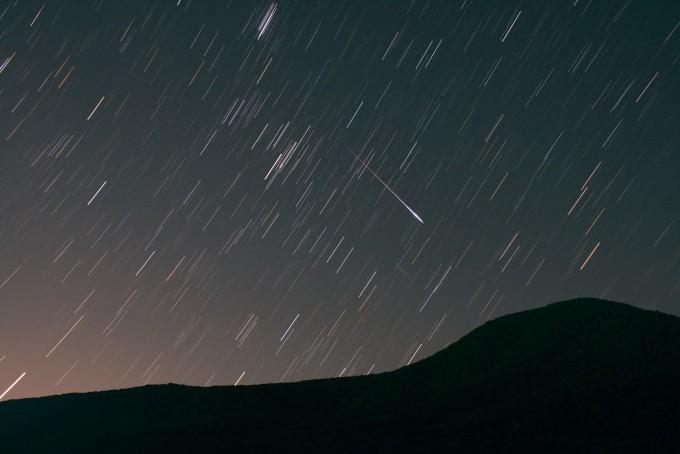 페르세우스 유성우(천체사진공모전 청소년부 송찬우 작품) - 한국천문연구원 제공