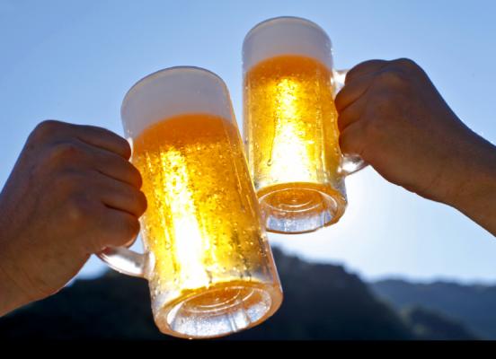 땀 흘린 뒤 마신 시원한 맥주 맛을 잊을 수 없는 이유