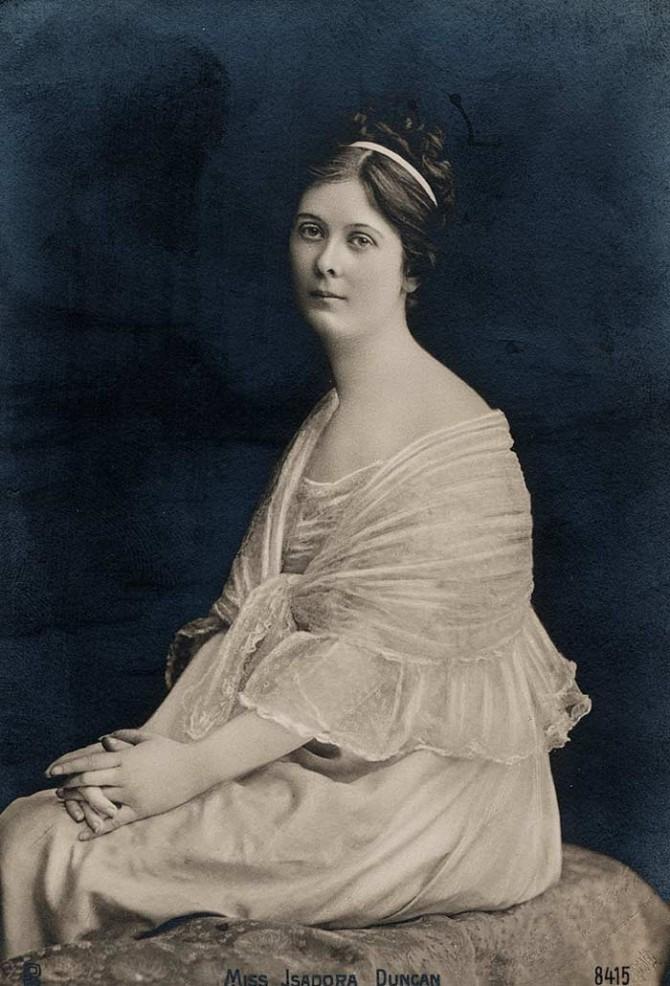 이사도라 던컨(Isadora Duncan), 1923년.