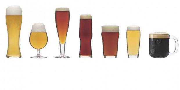일반적으로 위쪽이 좁아지는 잔이 거품과 향을 잘 모아줘 향이 강하고 도수가 높은 맥주를 마시기에 적당하다. 왼쪽부터 바이젠, 튤립, 필스너, 슈피겔라우, 노닉파인트, 빌리베허, 슈타인.  - 도서츨판 즐거운상상 제공