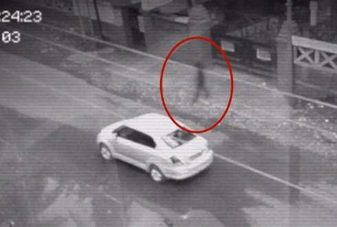 투명 인간이 CCTV에 촬영되었다? '떠들썩'
