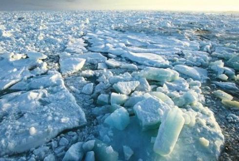 英 연구진, 무인 잠수함으로 북극해 횡단 도전