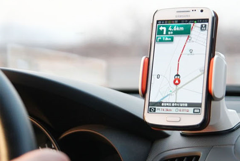 차량용 스마트폰 거치대, 당신의 선택은?