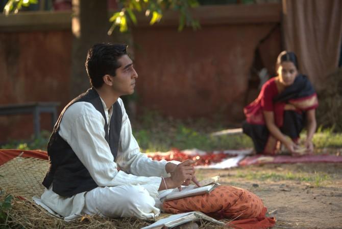 인도의 전설적인 천재 수학자 스리니바사 라마누잔을 다룬 영화 '무한대를 본 남자'가 11월 3일 개봉한다.  - 판씨네마 제공